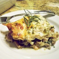 White Lasagna with Turkey and Mushrooms