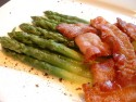 Buttered asparagus with pancetta rashers