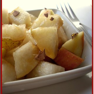 Apple-Pear Salad with Honey Dressing {Recipe}