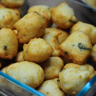 Mysore Bonda   Mysore Bajji   Ulundu Bonda Recipe