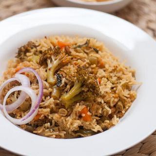 Easy Vegetable Biryani Recipe (Pressure Cooker-Rice Cooker Method)