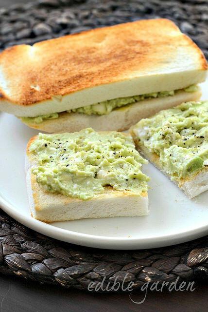 avocado feta smash on toast recipe