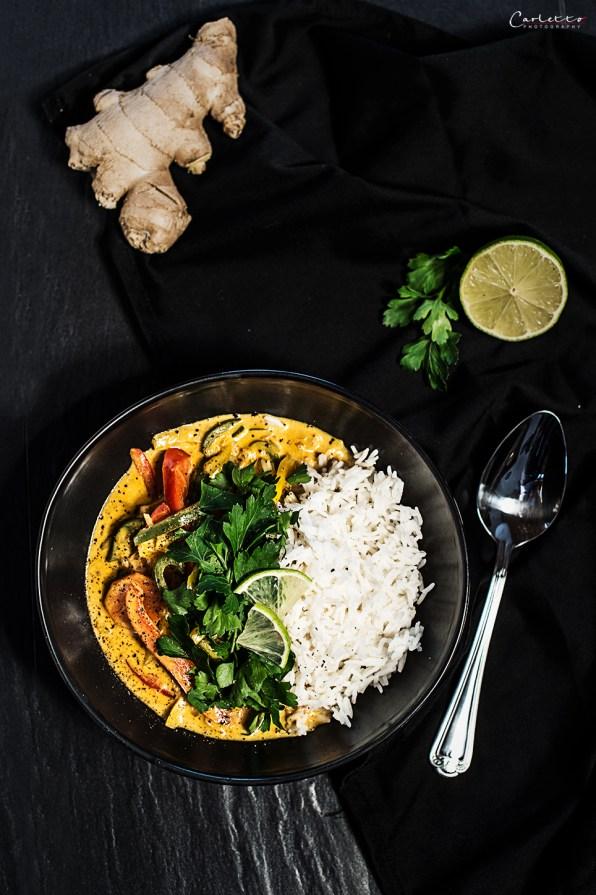 Veganes Gemüsecurry mit Reis