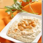 Meet Reader Leah Schapiro + Homemade Chumus