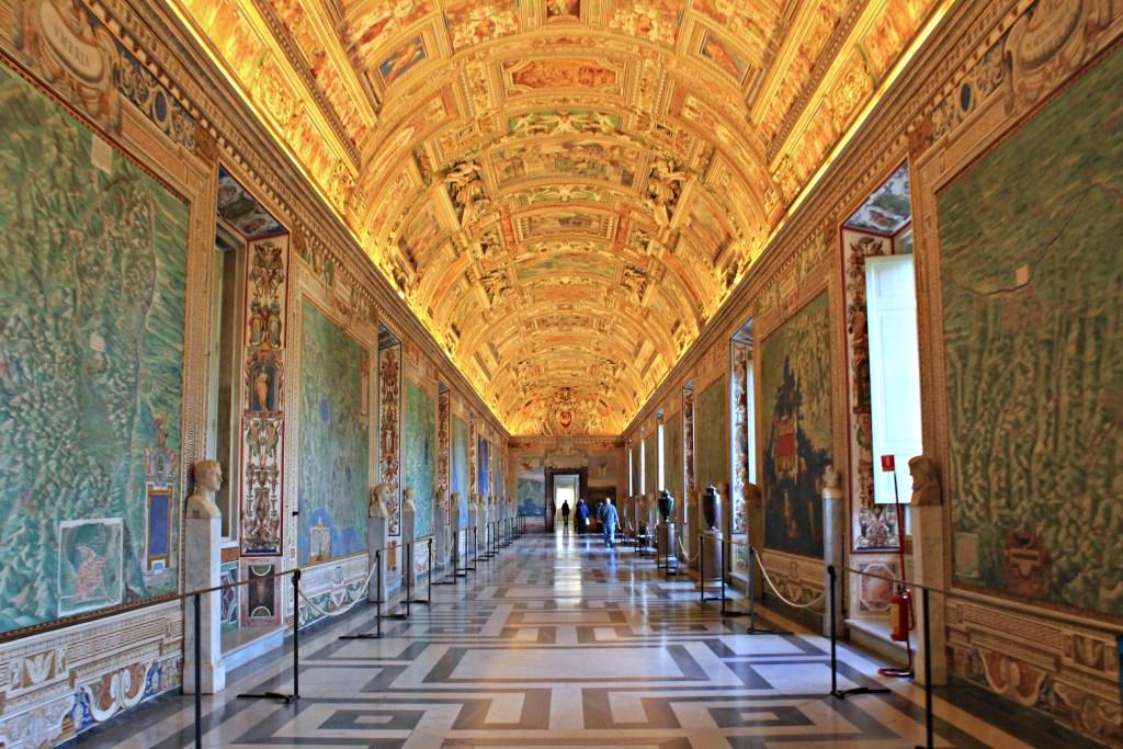 Eternal City Tours:Visit the Colosseum & Experience Ancient Rome