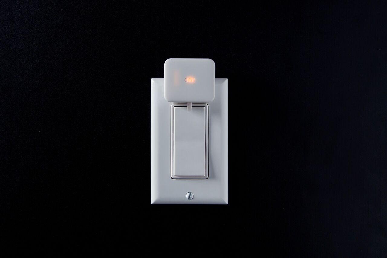 Switch Bot - ein drahtloser Helfer zum Schalten herkömmlicher ...