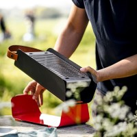UNA - der tragbare Grill für die Sommerzeit