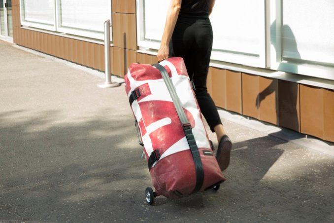 freitag-messenger-bag-zippelin-trolley-aufblasbar-fahrrad-schlauch-3