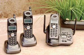 5.8GHz Digital Cordless w/3 Handsets