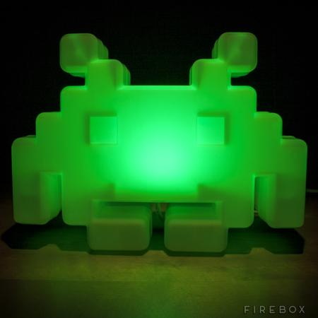space-invaders-alien-lamp