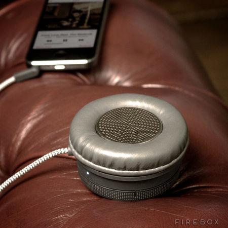 monocle-speaker