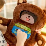 DiDi is a modern teddy bear that will help little ones learn to read
