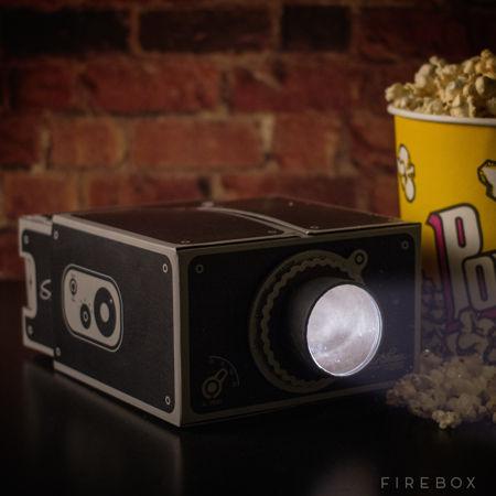 cardboard-smartphone-projector