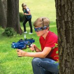 Long Range Laser Blaster Set offers some outdoor fun
