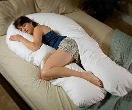 The Comfort U Body Support Pillow Wraps You In A Warm Hug