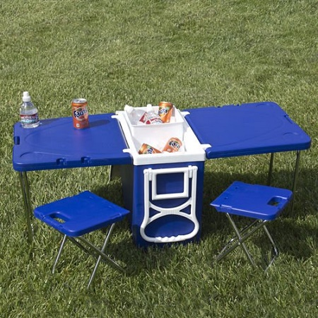 Rolling Picnic Table with Chairs