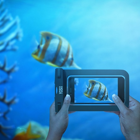 how to take pictures underwater with your phone