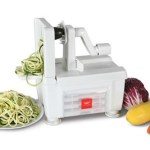 Four Blade Vegetable Spiralizer helps you churn out delicious vegetarian meals