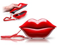 kiss-me-phone.jpg