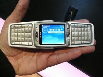 unfolded nokia e70