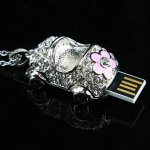Jewel Car Necklace USB Flash Drive
