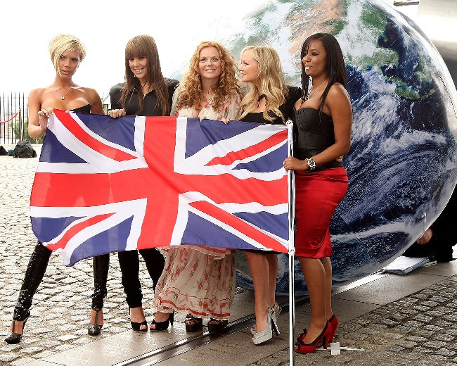 Assassins Creed Wallpaper Hd 1080p Spice Girls Holding Flag Wallpaper Download Cool Hd