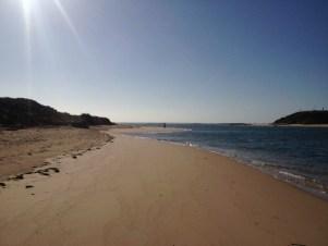 Hier mündet der Rio Mira in den Atlantik: Vila Nova de Milfontes