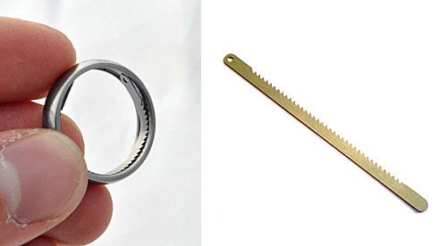 Titanium Escape Ring Helps You Break Out Of Handcuffs