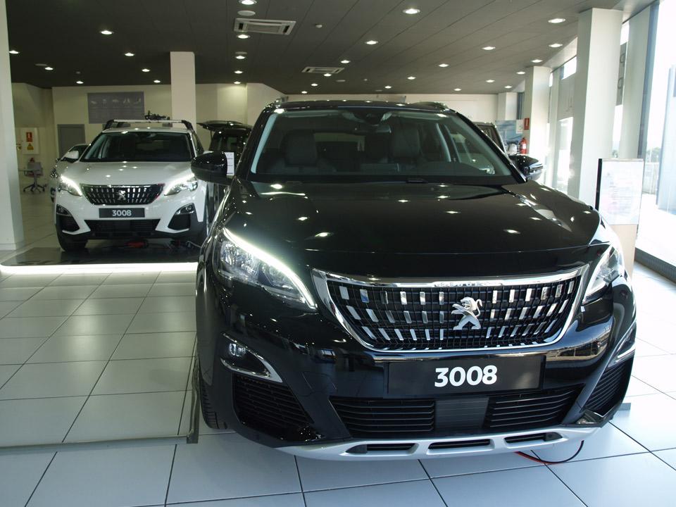 Peugeot_ekick-(9)
