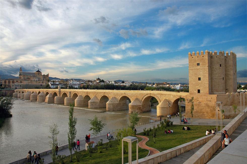 Puente Romano ©Turismo de Córdoba