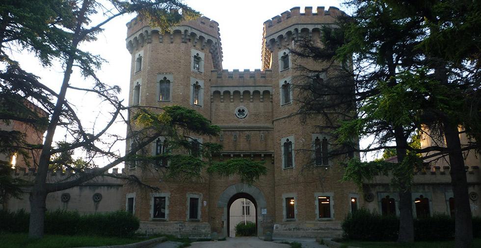 El castillo de Can Taió ©visitvalles.com