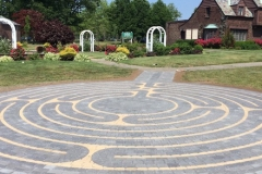 View-of-Labyrinth-Rose-Garden-and-Lannin-House-1024x7681