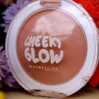 Maybelline Cheeky Glow Blush in Creamy Cinnamon....is probably an alien from the Planet of Cuteness!