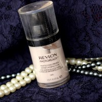 Lights, Camera's & Click because Revlon Photo Ready Perfecting Primer is here