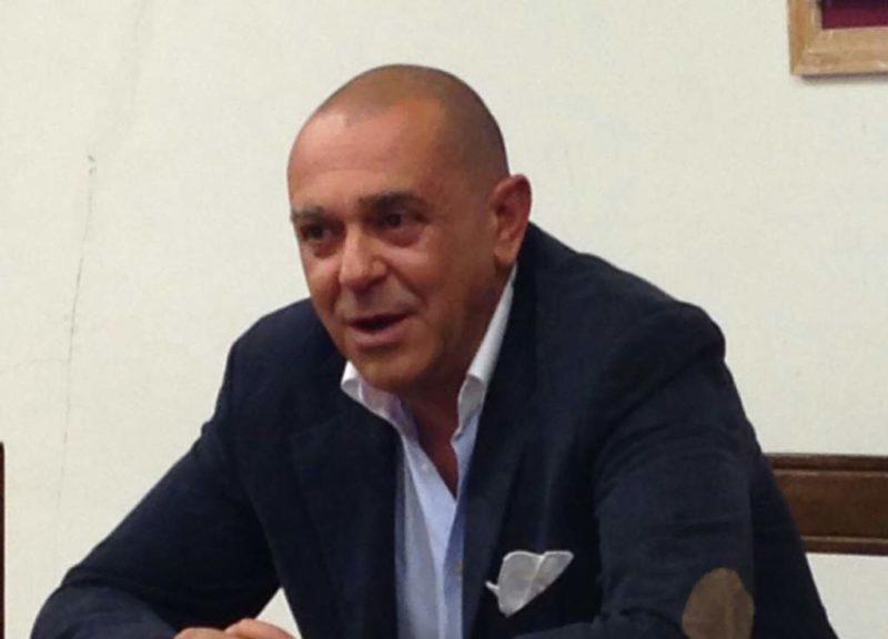 forza italia mensa polemica politica scuola politica