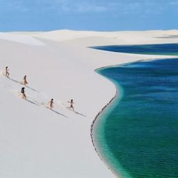 Lencois-Maranhenses-beach