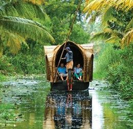 Kerala, massaggio in India  nella terra privata di Dio