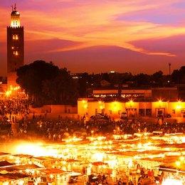 Marrakech, Djamaa el-Fna  l'incanto di una piazza
