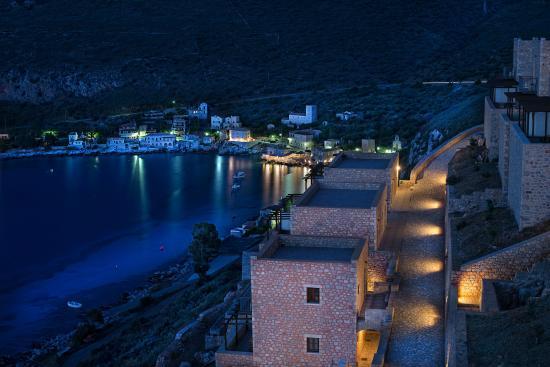 limeni-village-hotel