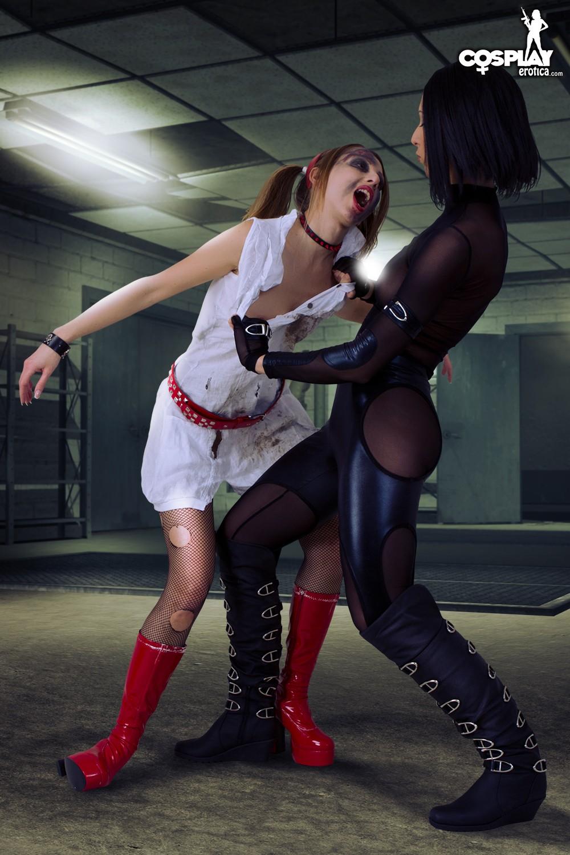 Resident Evil Lesbian 63