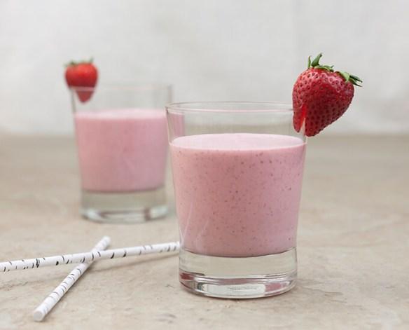 creamy-strawberry-banana-smoothie