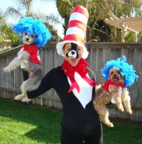 Thing One and Thing Two with a Cat in the Hat costumes ...