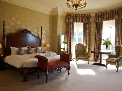 wyck hill house hotel bedroom cotswolds