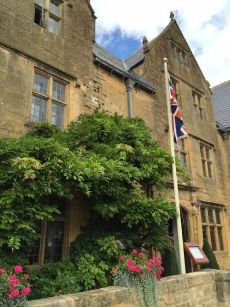 afternoon-tea-lygon-arms-cotswolds-concierge (8)
