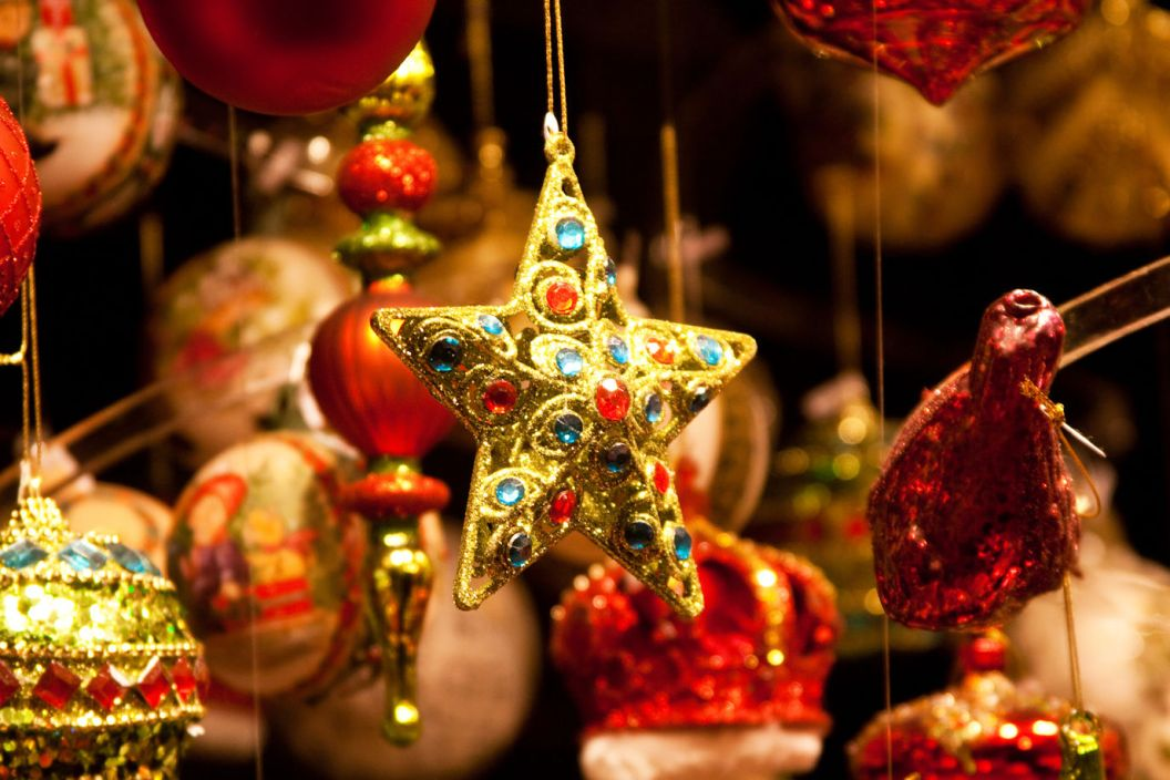 christmas-in-shipping-norton-cotswolds-concierge-3