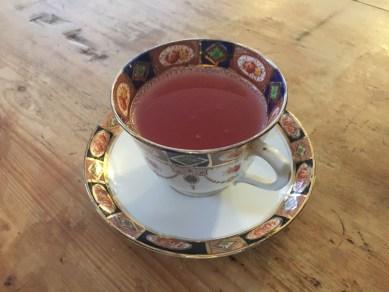 opening-the-tea-set-broadway-cotswolds-concierge (14)