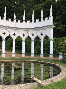 painswick-rococo-garden-summer-cotswolds-concierge (40)