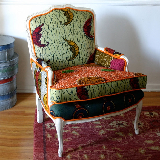 Bergere Chair Unique Design Features With Eye Catching Colors