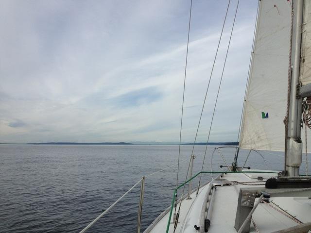 sailing islander 30