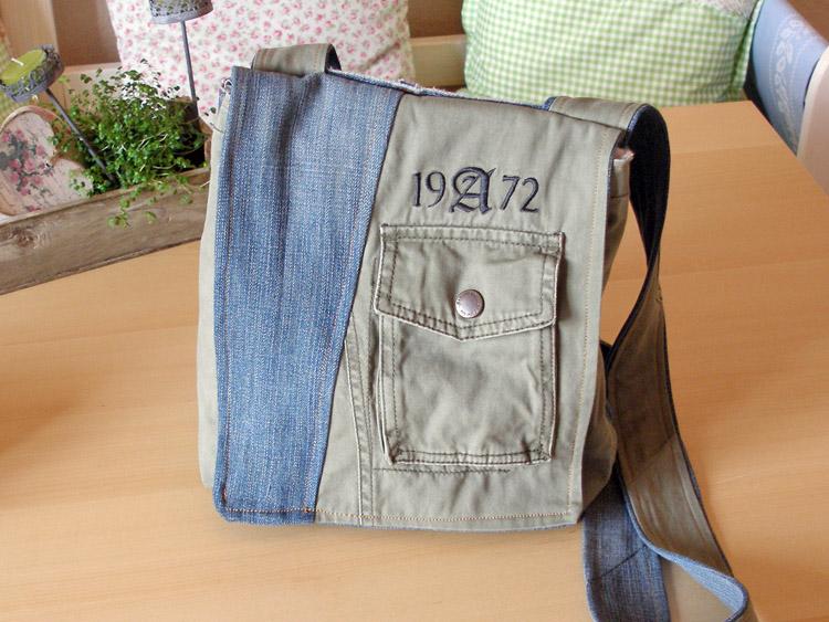 Tasche aus alter Jeanshose und Jacke